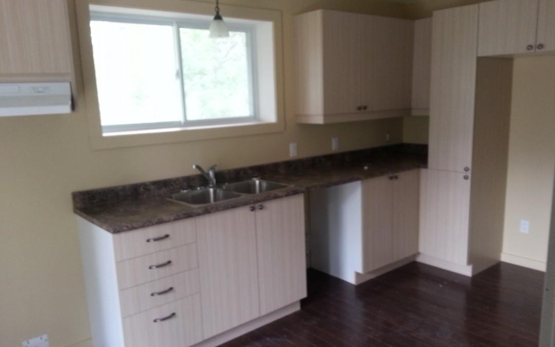 Finition intérieure: cuisine et salle de bain